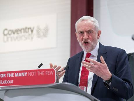 Labour's Corbyn piles pressure on May over Brexit by pledging EU customs union