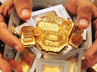 UAE gold prices fall this much: Time to buy?
