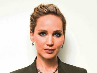 Jennifer Lawrence gets risky with 'Red Sparrow'