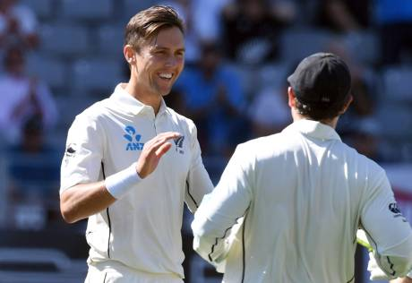 England crash to 58 all out against New Zealand