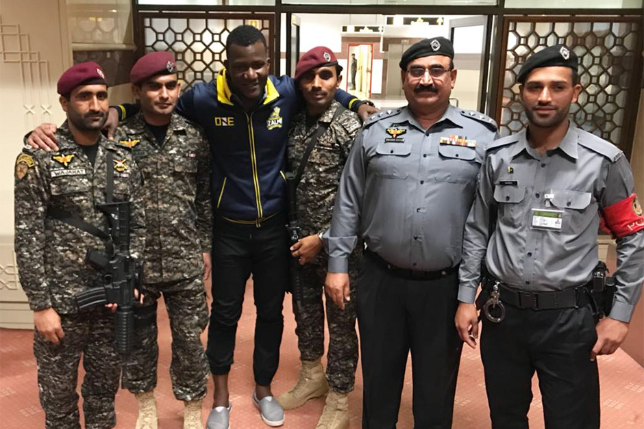 Peshawar Zalmi skipper Darren Sammy pose with security men for the PSL in Lahore