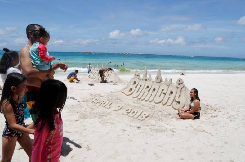 copy-of-2018-04-09t080137z-1570821805-rc1f5ebcff80-rtrmadp-3-philippines-environment-boracay