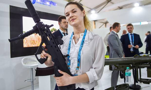 Latest weaponry on show at DefExpo 2018