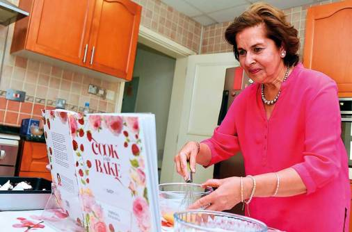 Nirmal Khanna teaches cooking from the heart