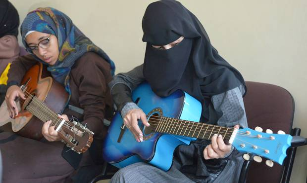 Copy of Yemen_Music_Lessons_Photo_Essay_78624.jpg-d4aee