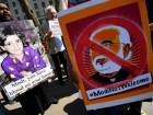Angry demonstrators greet Modi in UK
