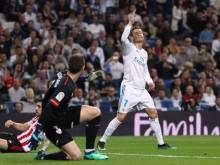 Ronaldo back-heel earns Real Madrid late draw
