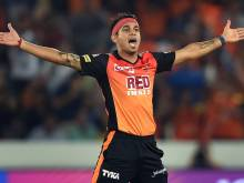 Bowlers dominate as Sunrisers beat Mumbai in IPL