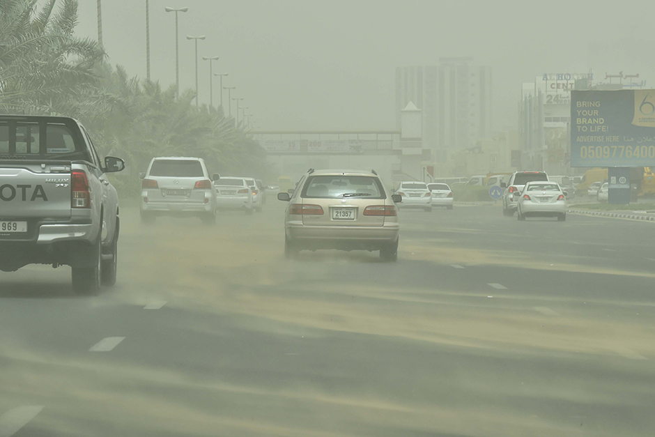 A scene during the heavy sandstorm in Ajman