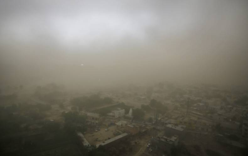 copy-of-india-dust-storm-05668-jpg-b9c5c
