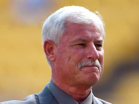 New Zealand cricket legend Hadlee has cancer surgery