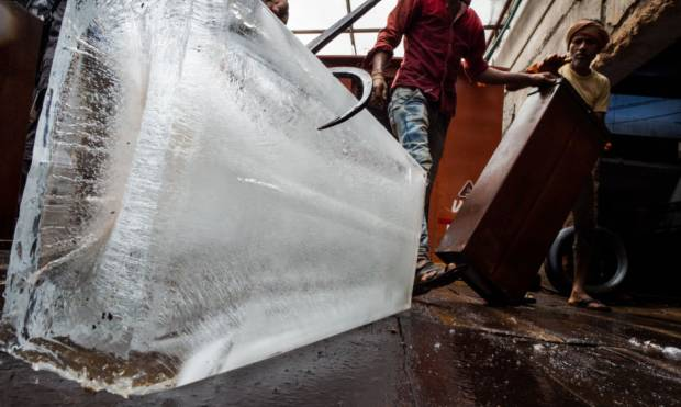 Keeping Delhi cool, one ice block at a time