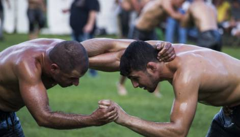 The Greek tradition of oil wrestling