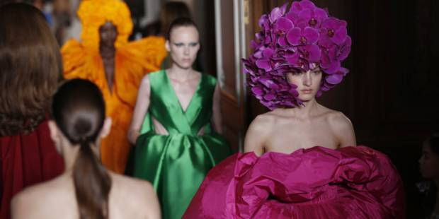 Couture week: Valentino's standing ovation