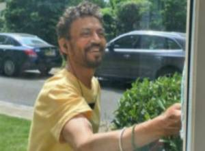 Irrfan Khan posts a happy picture