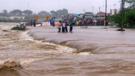 Monsoon rains paralyse several parts of India