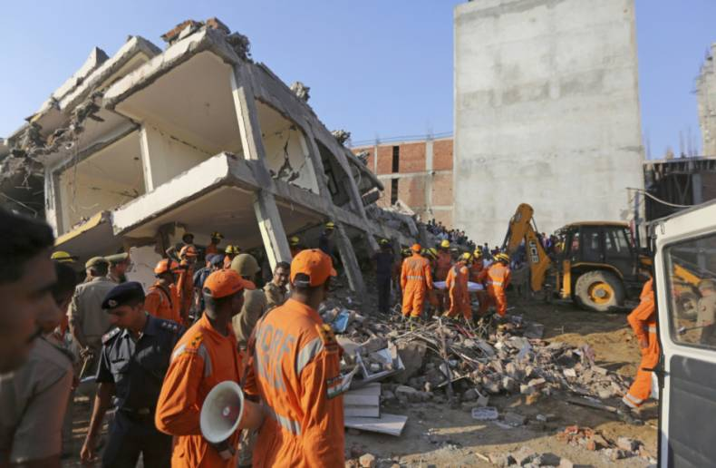 copy-of-india-building-collapse-08329-jpg-31f8b