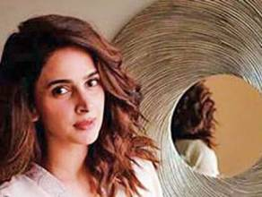 Celebrities show support for Saba Qamar