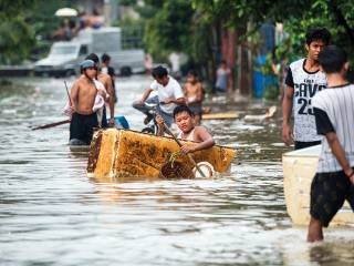 More than 700,000 hit by storms in Philippines