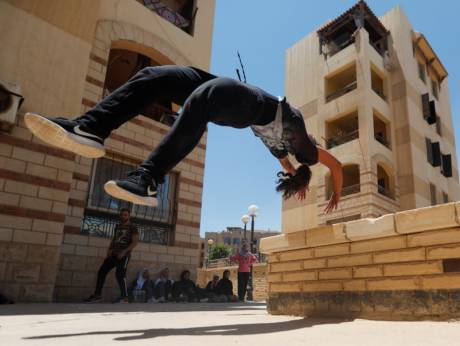 egypt women take up parkour challenging norms gulfnews com