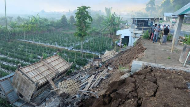 Pictures: Aftermath of deadly Lombok quake