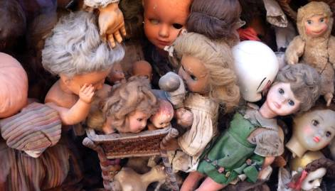 Rome's little shop of horrors: dolls 'hospital'