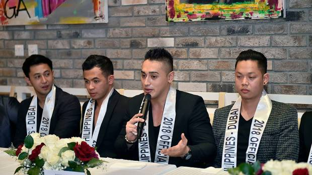 Mohammad Espinosa (centre) with Man of the Philippines-Dubai candidates