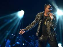 R Kelly sued over damage to rental homes