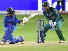 As it happened: India rout Pakistan