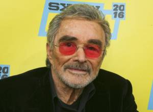 Burt Reynolds mourned at private memorial