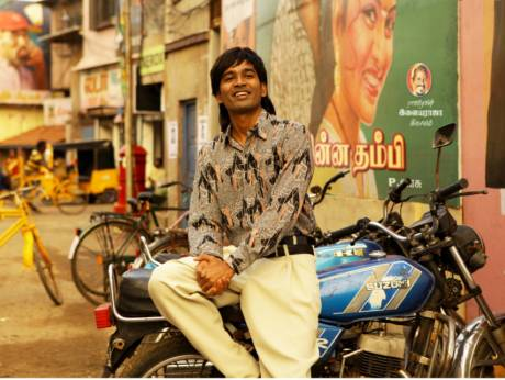 Dhanush in gangster mode in 'Vada Chennai'