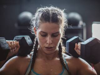 When women say hello to strength-training