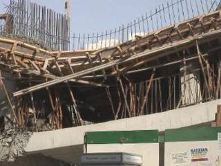 Building collapses in Sharjah and injures workers