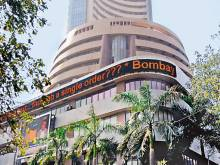 Bulls hold sway in India shares