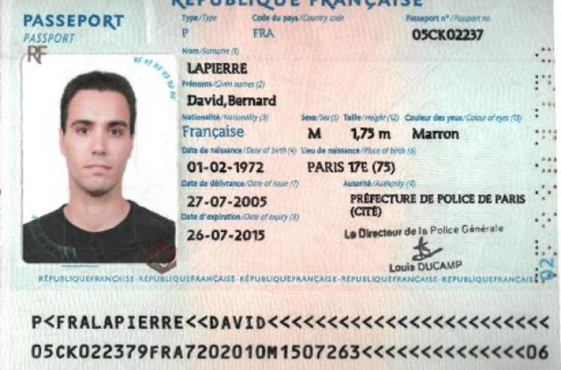 passport-david-bernard-lapierre