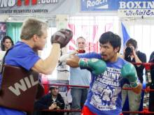 Will Pacquiao retain Roach as trainer?