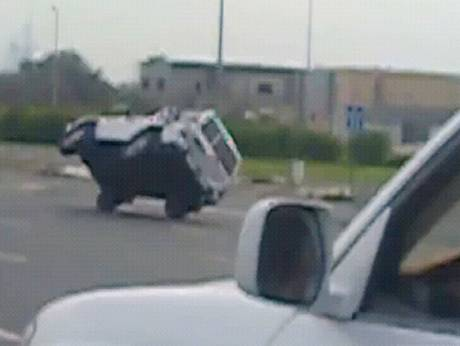 Shaikh Zayed Road stunt drivers caught on camera