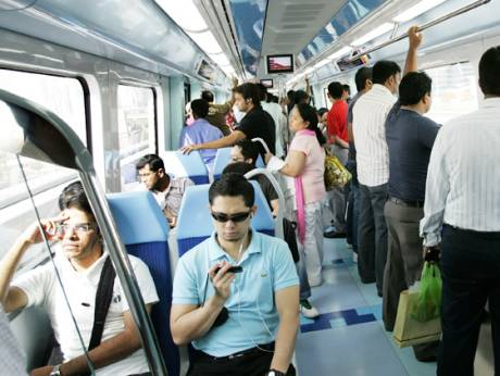 The total number of Dubai Metro passengers on a daily basis averages around 112,100