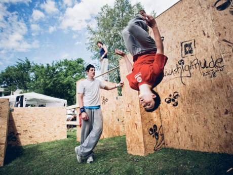 Parkour practitioners