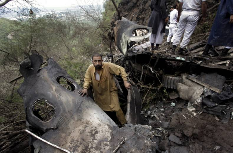 pakistan-air-crash