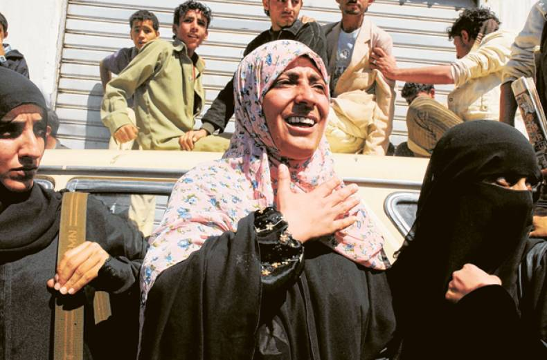 crowds-gather-as-tawakel-karman-is-released-on-parole-on-monday-in-sana-a