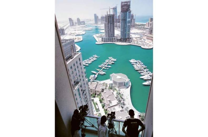 construction-just-starting-around-the-dubai-marina-in-2005