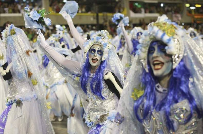 dancers-parade-through-the-sambadrome-during-carnival-celebrations-in-rio-de-janeiro