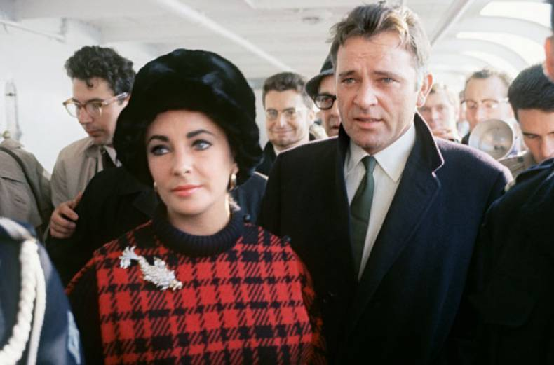 richard-burton-with-wife-elizabeth-taylor