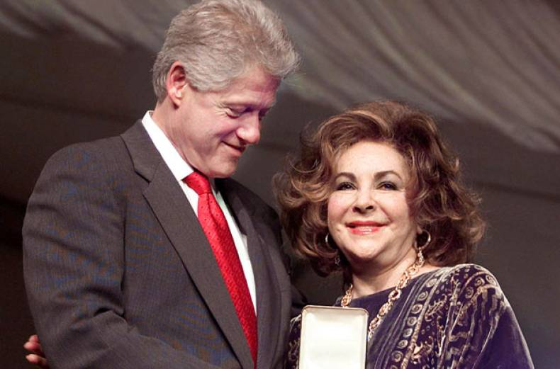 former-us-president-bill-clinton-with-elizabeth-taylor