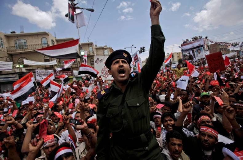 anti-government-protesters-in-yemen