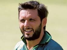 Afridi wants to go freelance and play T20s