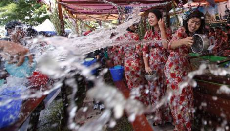 Day in pictures: April 15