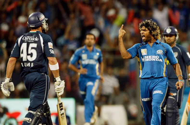 mumbai-indians-lasith-malinga-celebrates-after-the-dismissal-of-deccan-chargers-michael-lumb