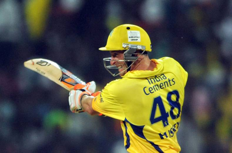 chennai-super-kings-batsman-michael-hussey-plays-a-shot